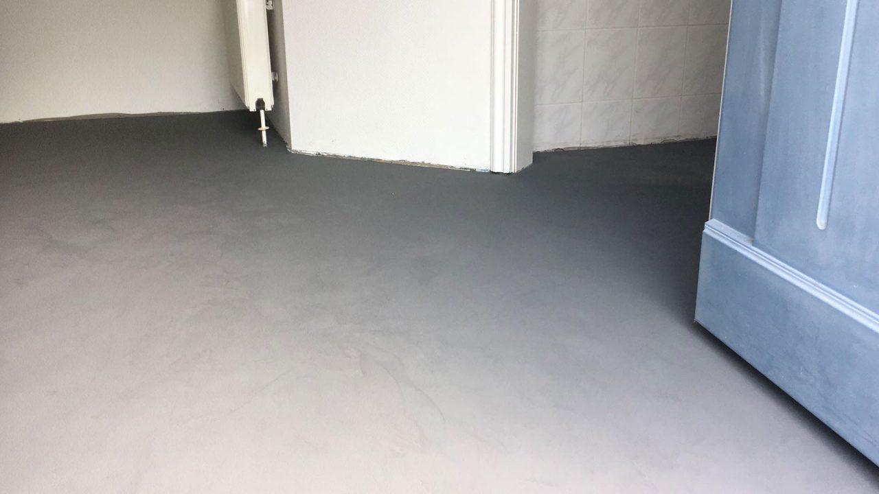 Fußboden in fugenloser Spachteltechnik von Raumausstattermeister André Schwarz, Malente