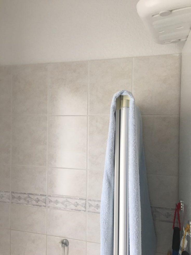 Spachteltechnik Malente Fugenloses Bad vorher 02