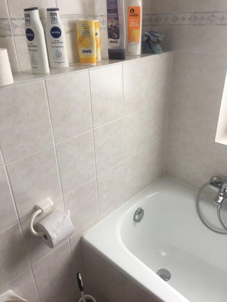 Spachteltechnik Malente Fugenloses Bad vorher 04