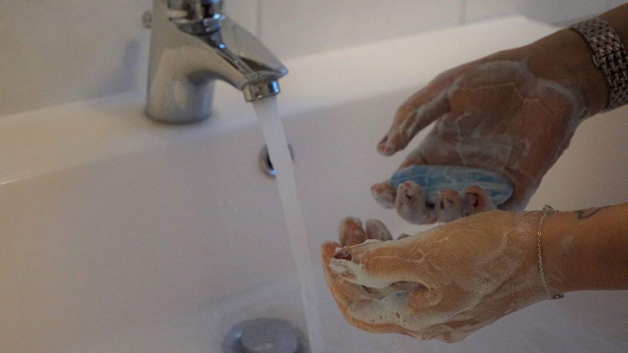 Haende waschen Hygiene