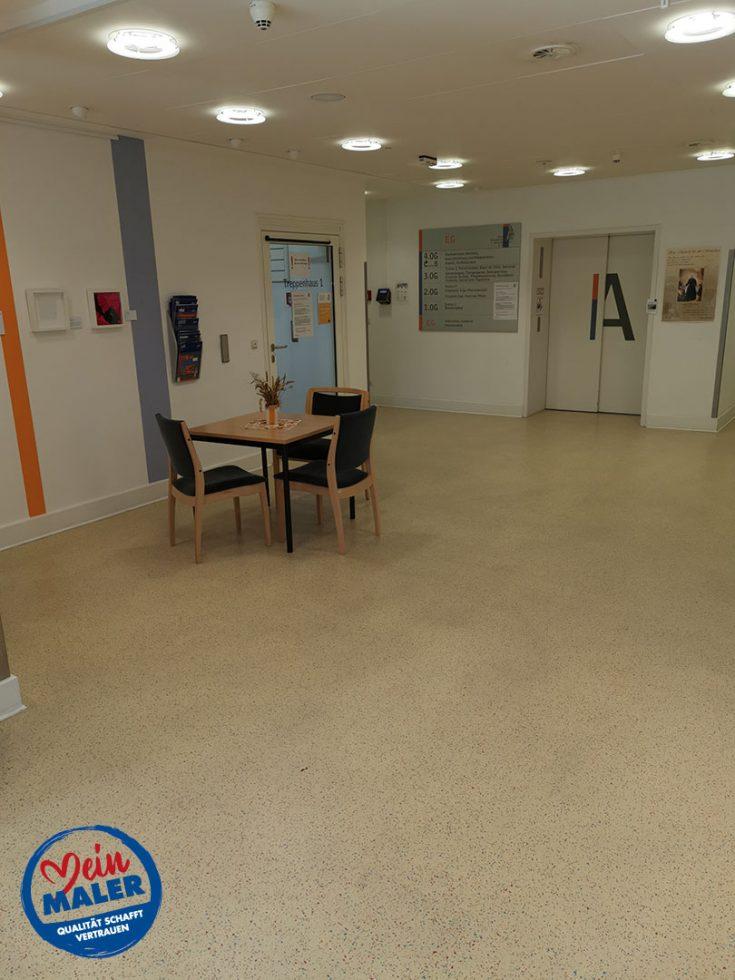 Bodenbelagsarbeiten Designplanken im Krankenhaus Bad Malente Raumausstatter 02