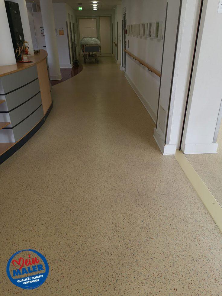 Bodenbelagsarbeiten Designplanken im Krankenhaus Bad Malente Raumausstatter 03