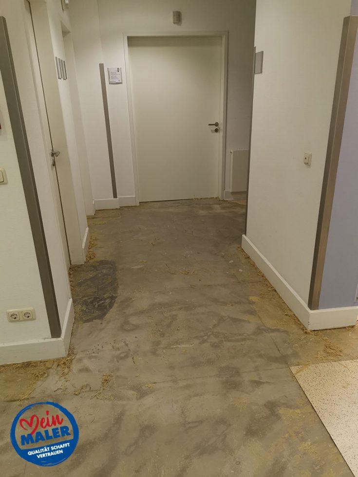 Bodenbelagsarbeiten Designplanken im Krankenhaus Bad Malente Raumausstatter 06