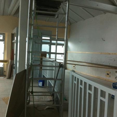 Wand-, Decken-, Fenster und Bodengestaltung - Restaurant Pier 19 im Ancora Yachthafen